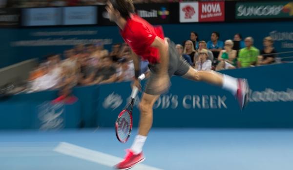 überkopfball Beim Tennis